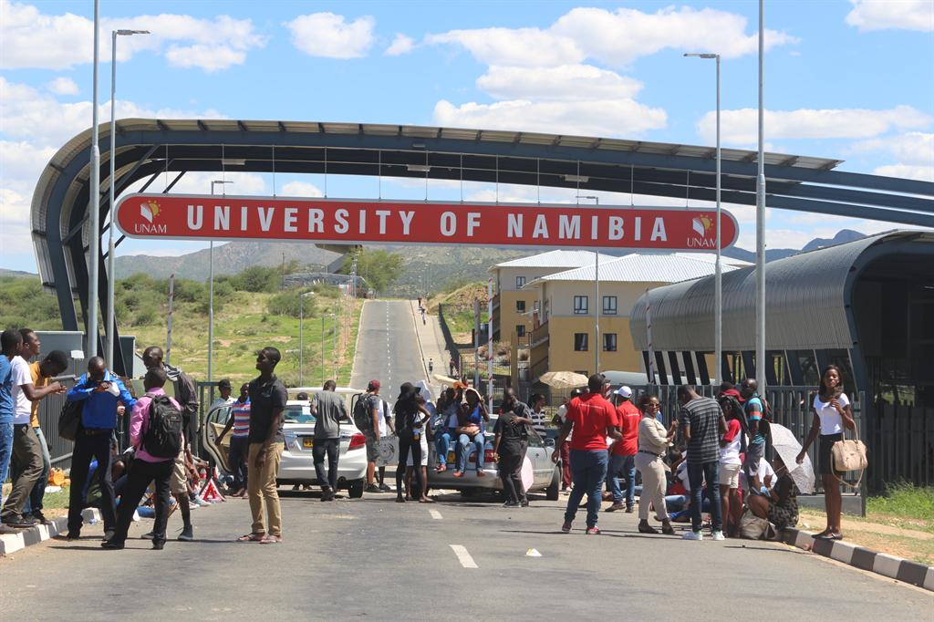 Unam deposit reduced to 20 education namibian sun fees did not fall students of the university of namibia staged a demonstration in front of unams main campus last year demanding that registration fees altavistaventures Image collections